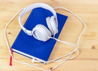 Słuchanie zamiast czytania
