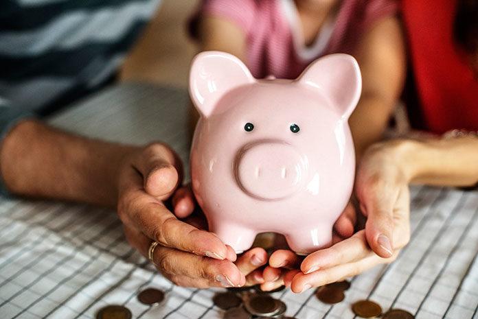 Oszczędzanie czy inwestowanie – co wybrać?