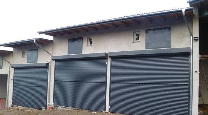Co ma wpływ na cenę bramy garażowej segmentowej?