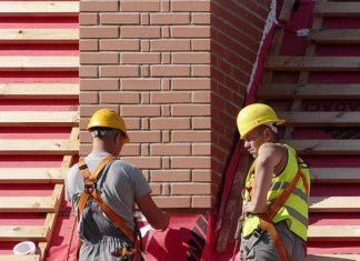 praca na dachu